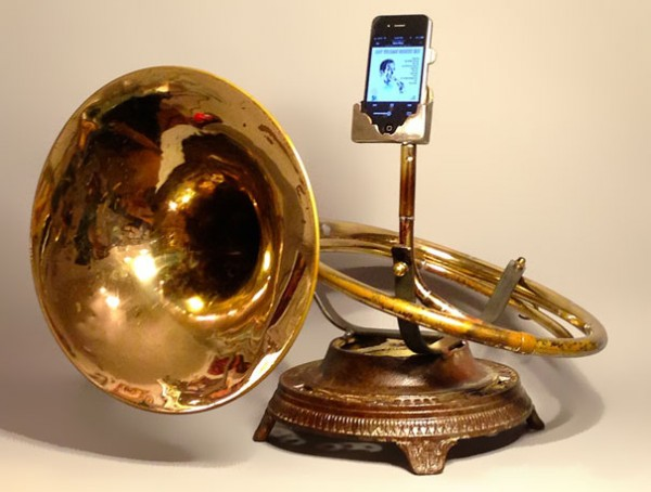 Old Horns Transformed into iPhone Amplifiers