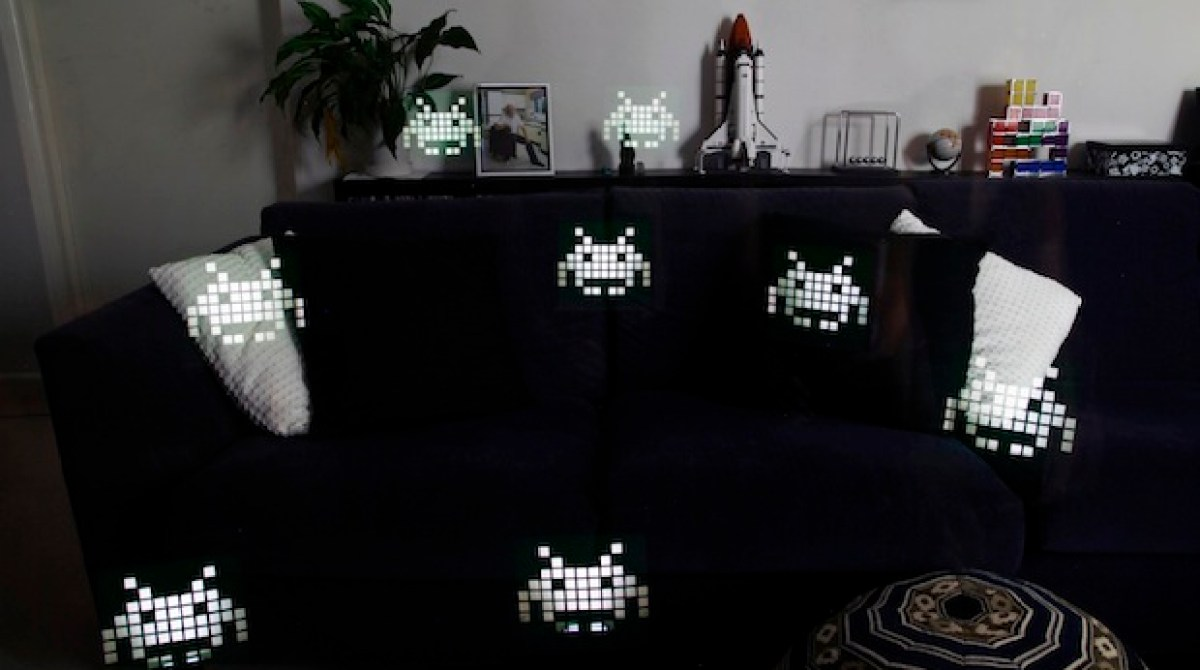 Space Invader Couch How To Space Invaders Photo Flash Stencils Make