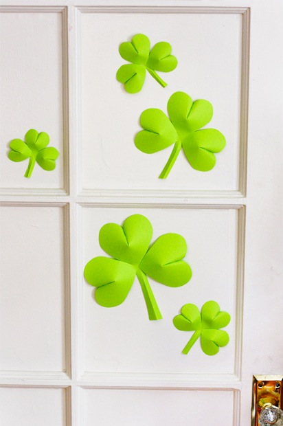 How-To: Simple Shamrock Decorations