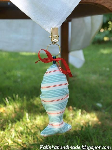 How-To: Fish-Shaped Tablecloth Weights