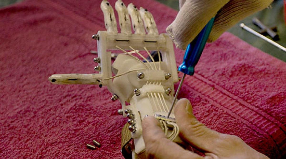 3D-Printing Mechanical Hands