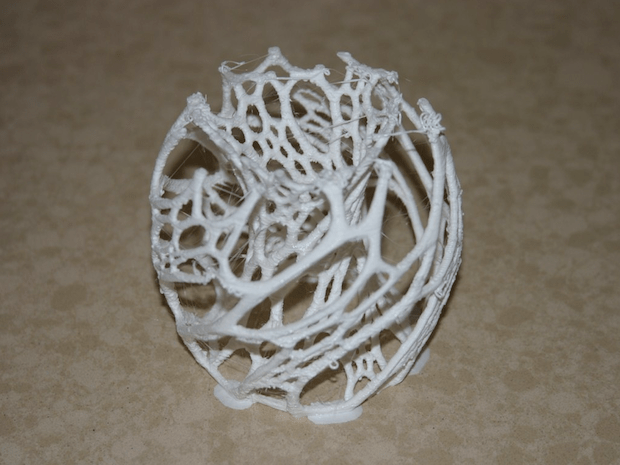 """""""Printing this item, tried to get it stuck onto the bed using 5mm brim, print was going well, had 0.3mm z lift on retract, and 0.2mm extra feed after retract to battle other issues, but the extra build meant that the head hit the side of the branches a few too many times, and ended up breaking bond with the build plate."""" - FLickr user JBFromOz"""