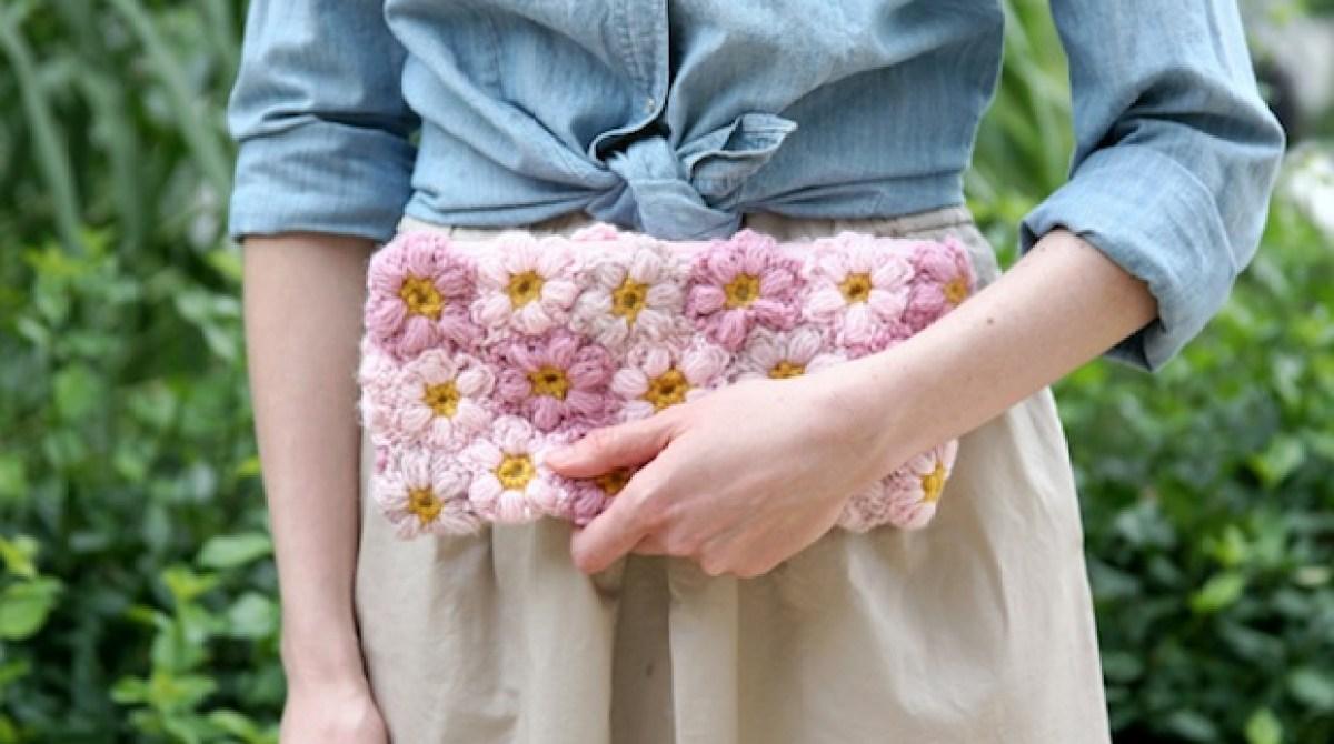 Crochet Inspiration: Mollie Flower Clutch