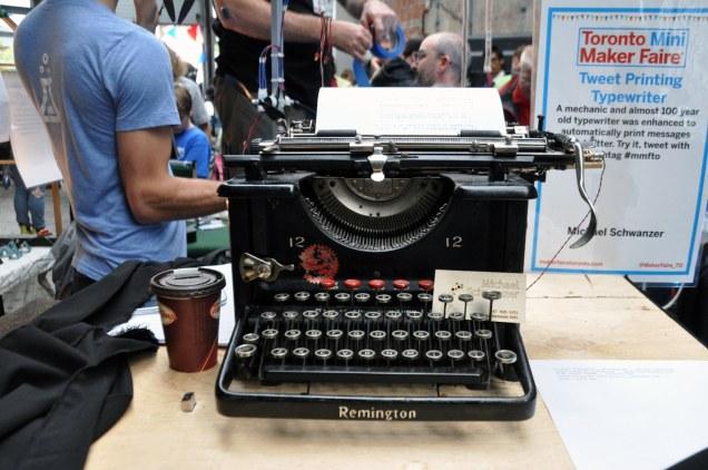 Tweeting typewriter