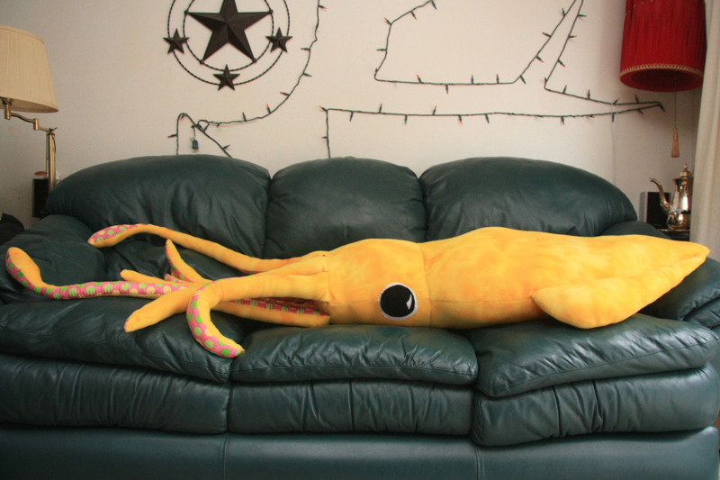 How-To: 8-foot Giant Squid Pillow