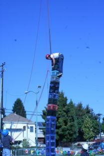 EBMMF2013 Crate Stacking 3