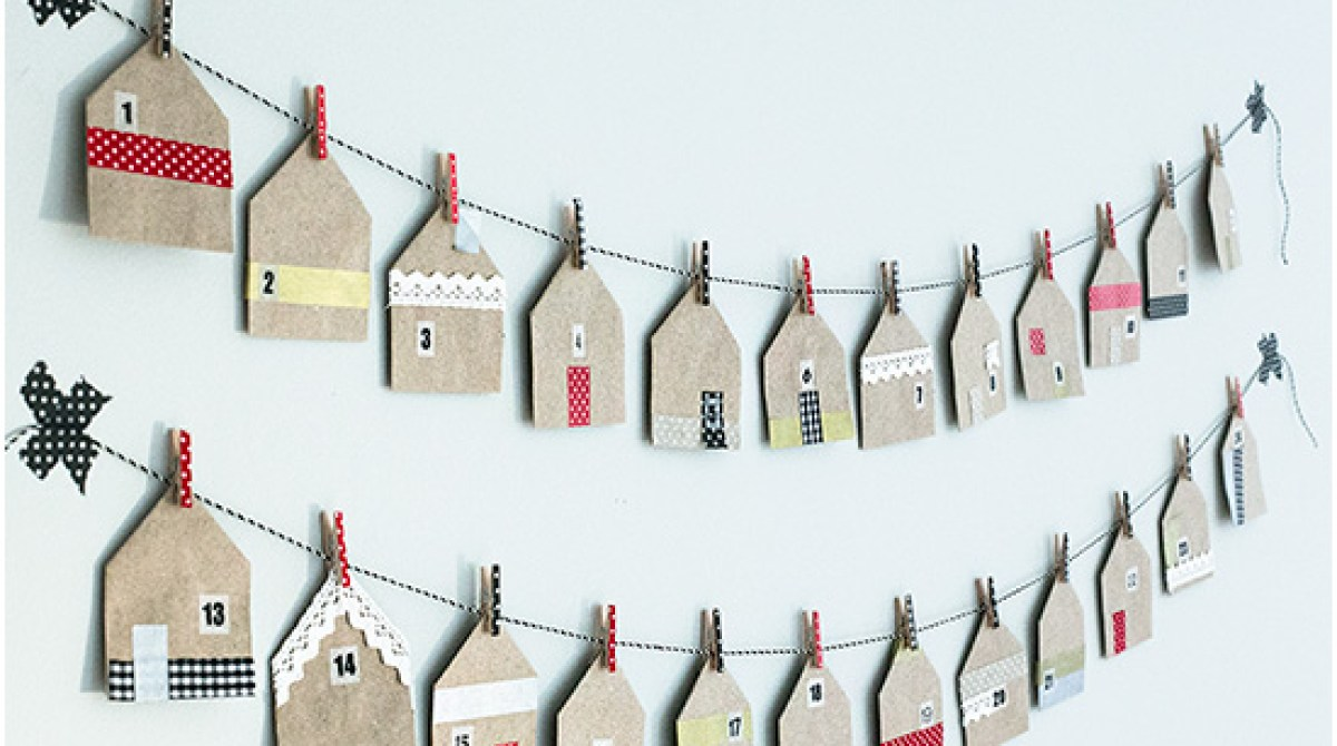 How-To: Holiday House-Shaped Favor Bags