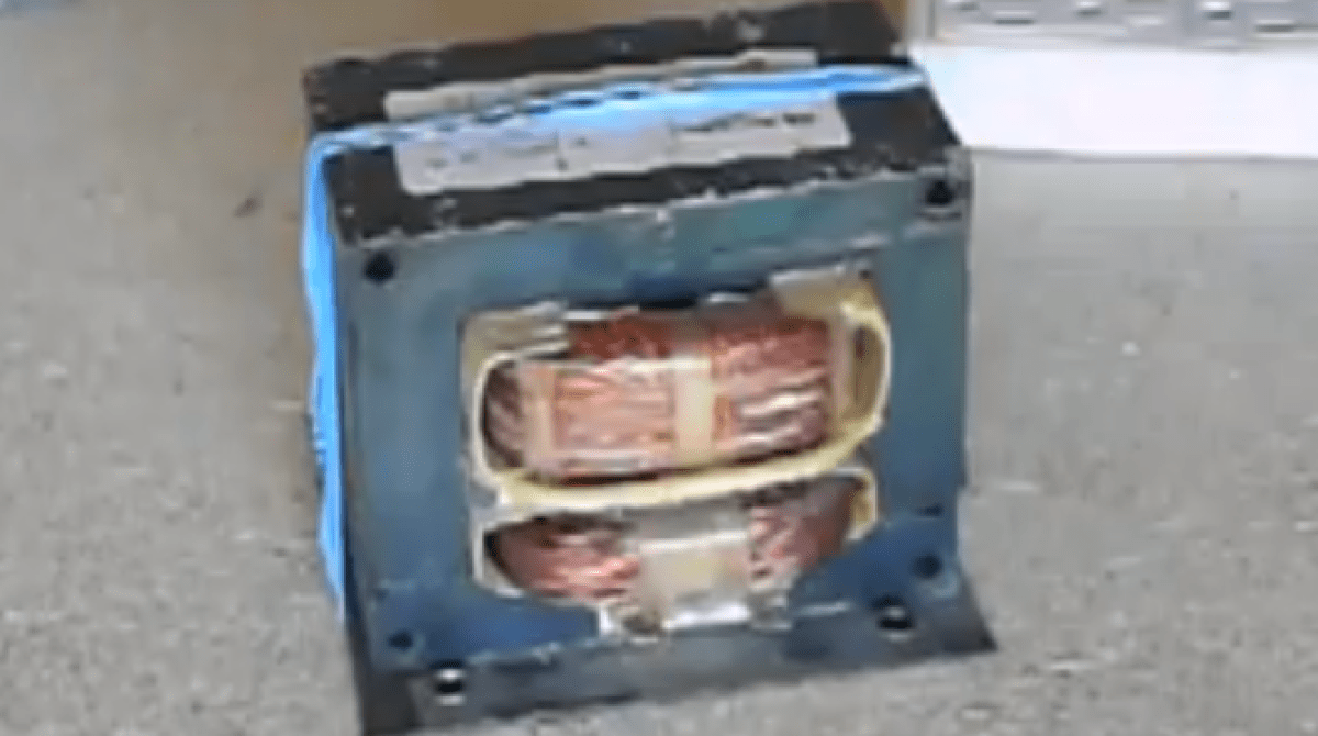 How to Salvage Transformers From Dead Microwaves
