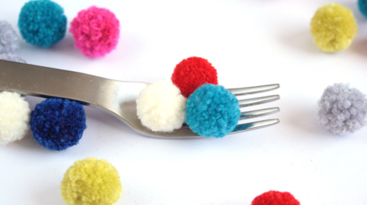 How-To: Make Pom Poms with a Fork