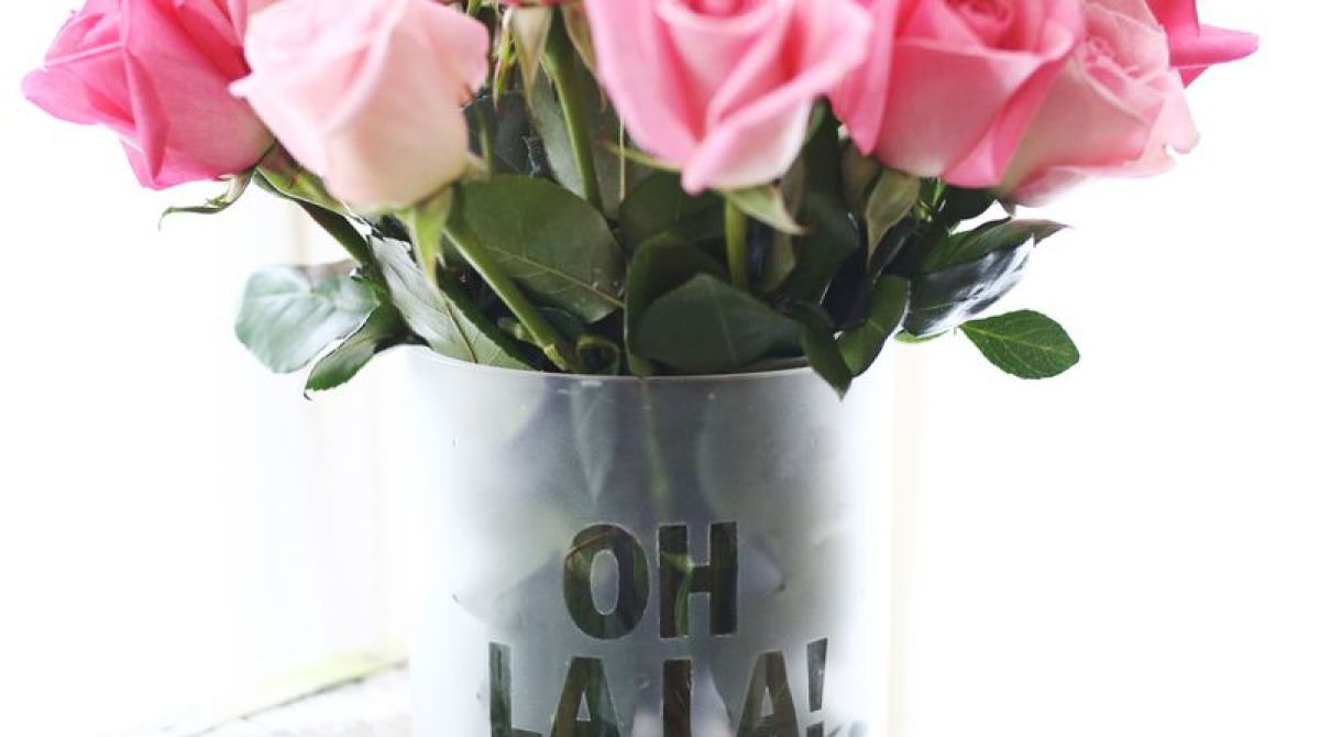 How-To: Frosted Phrase Vase