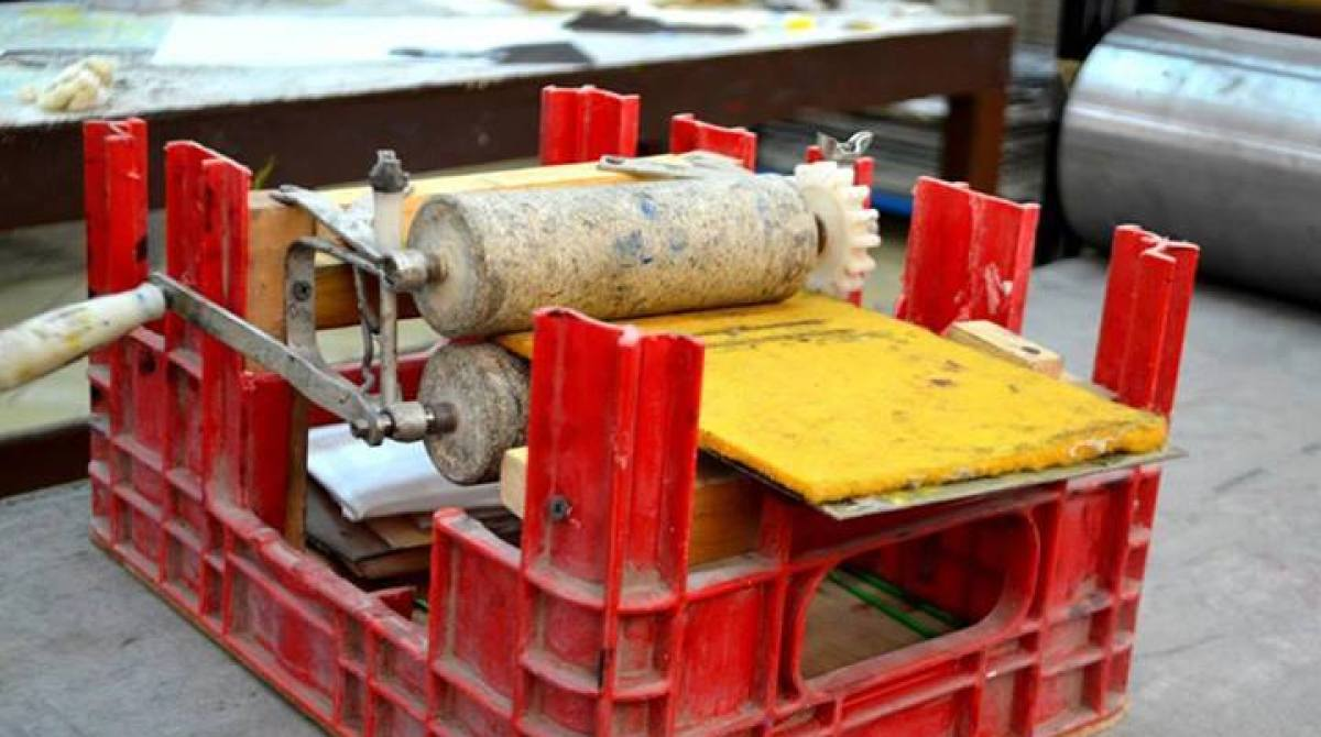 DIY Printing Press from a Modified Milk Crate