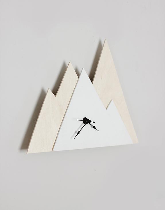 How-To: Minimalist Mountain Clock