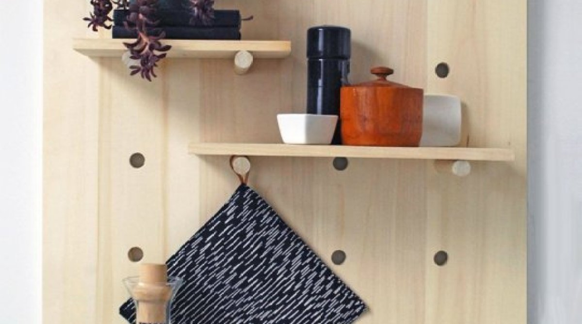 and garde shelf vin pegboard to dowels open create de by storage for using marble shelves home ideas