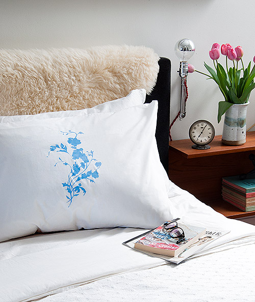 How-To: China Pattern Pillows