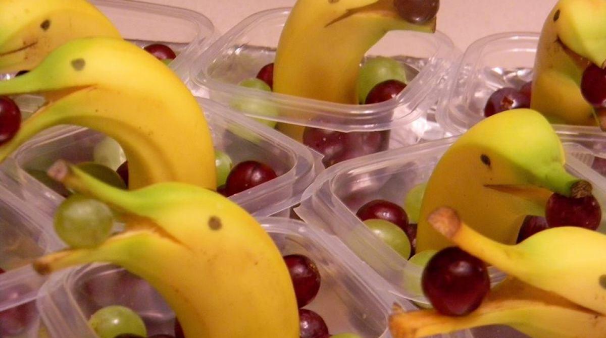 how to banana dolphin snacks make