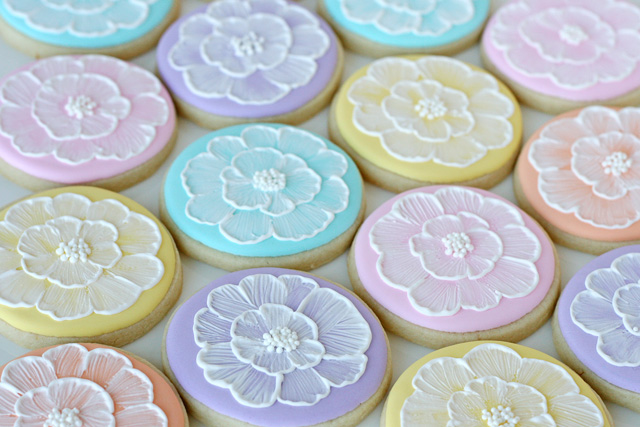 How-To: Spring Brush Embroidery Cookies