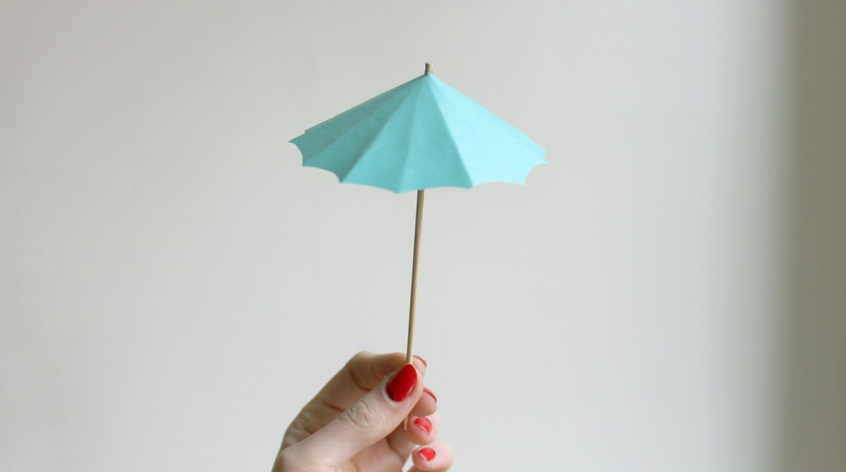 How To DIY Drink Umbrellas