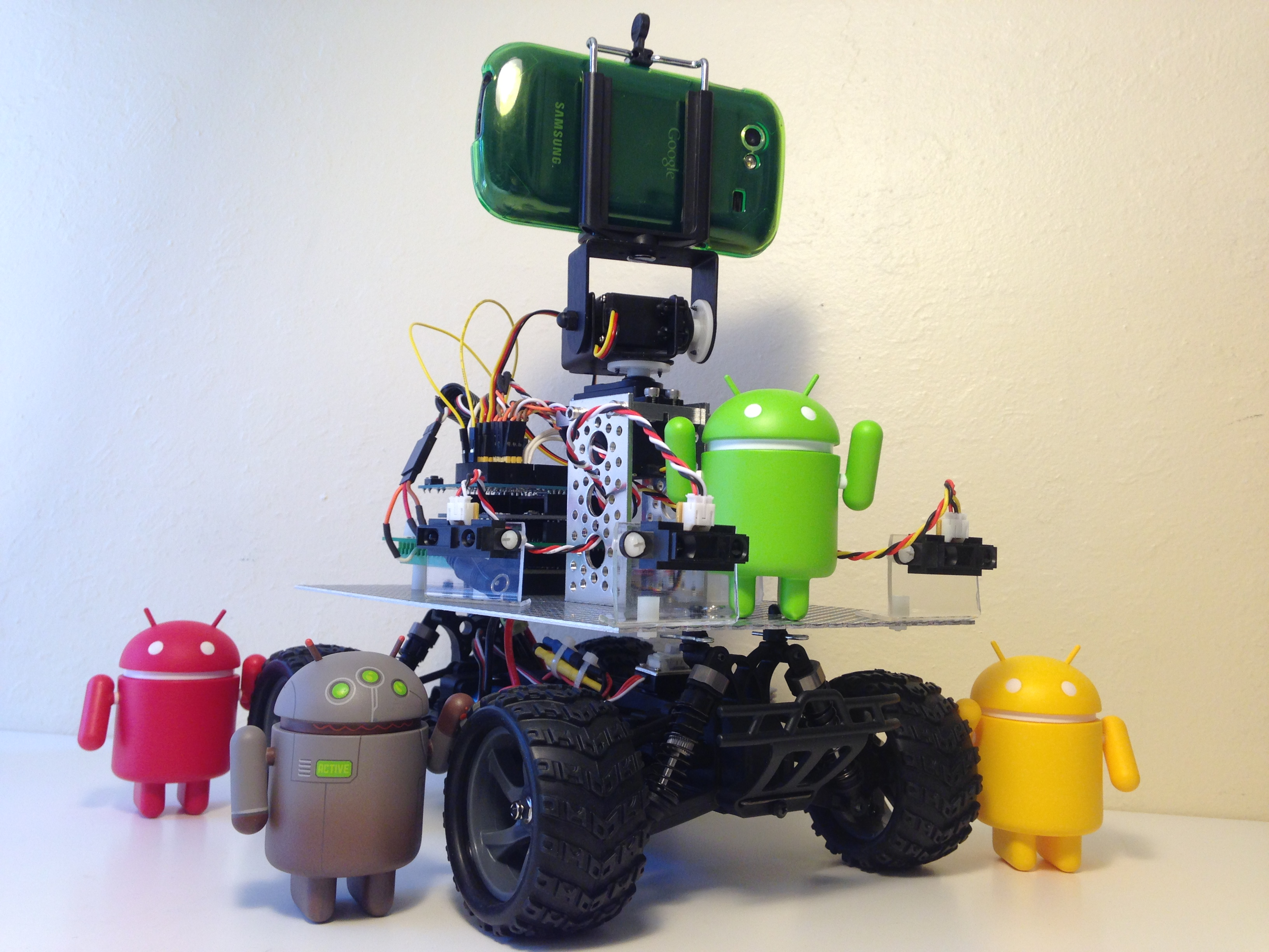 Autonomous Android Phonebot Tracks, Chases Toy Like Housecat