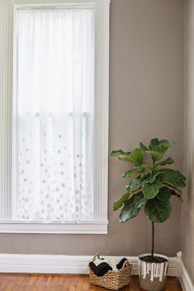 How-To: Simple White Dot Curtains