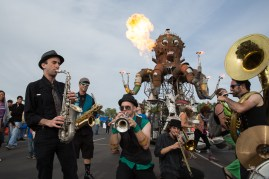Mission Delirium, a booty-shakin' brass band, rocked the scene in front of El Pulpo Mecanico, the spectacular 25-foot fire-spewing mechanical octopus.