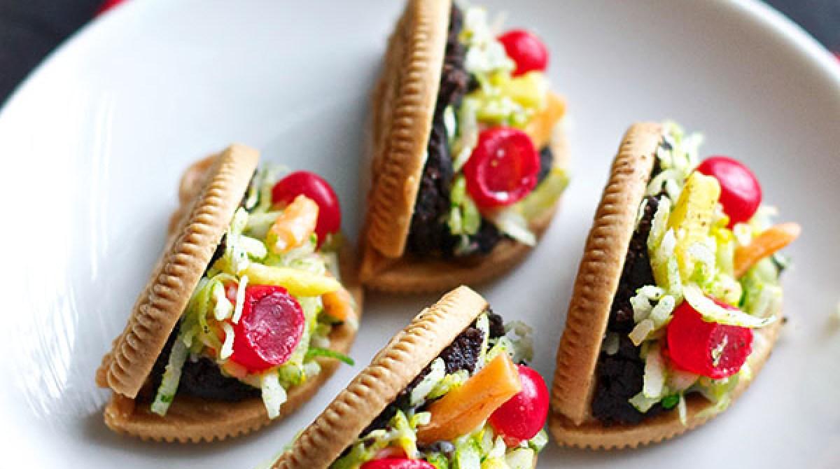 How-To: Oreo Taco Cookies