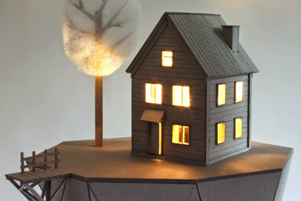Sculptural Lamps From Recycled Carboard