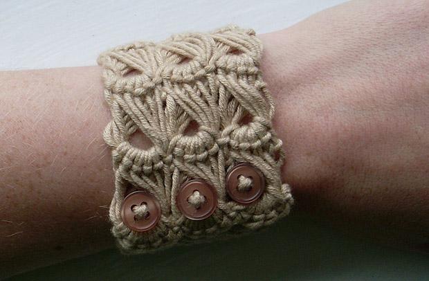 Crochet Inspiration: Broomstick Lace Bracelet