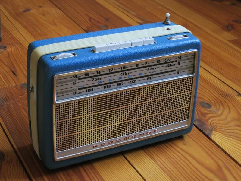 How-To: Vintage Raspberry Pi Internet-Radio