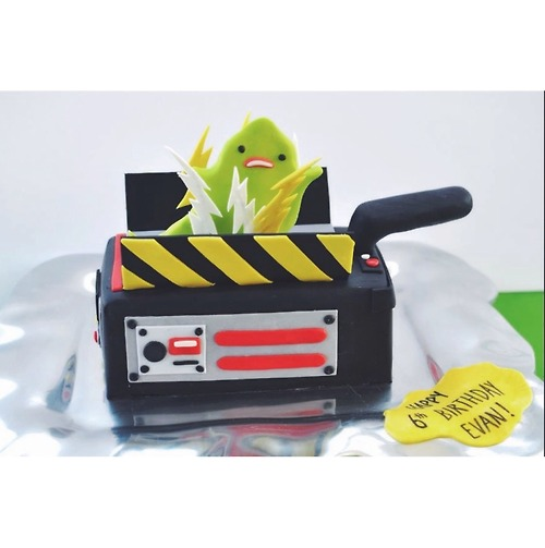 Amazing Birthday Cake Based on a Felt Sculpture Based on Ghostbusters