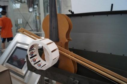 Violin/ zoetrope