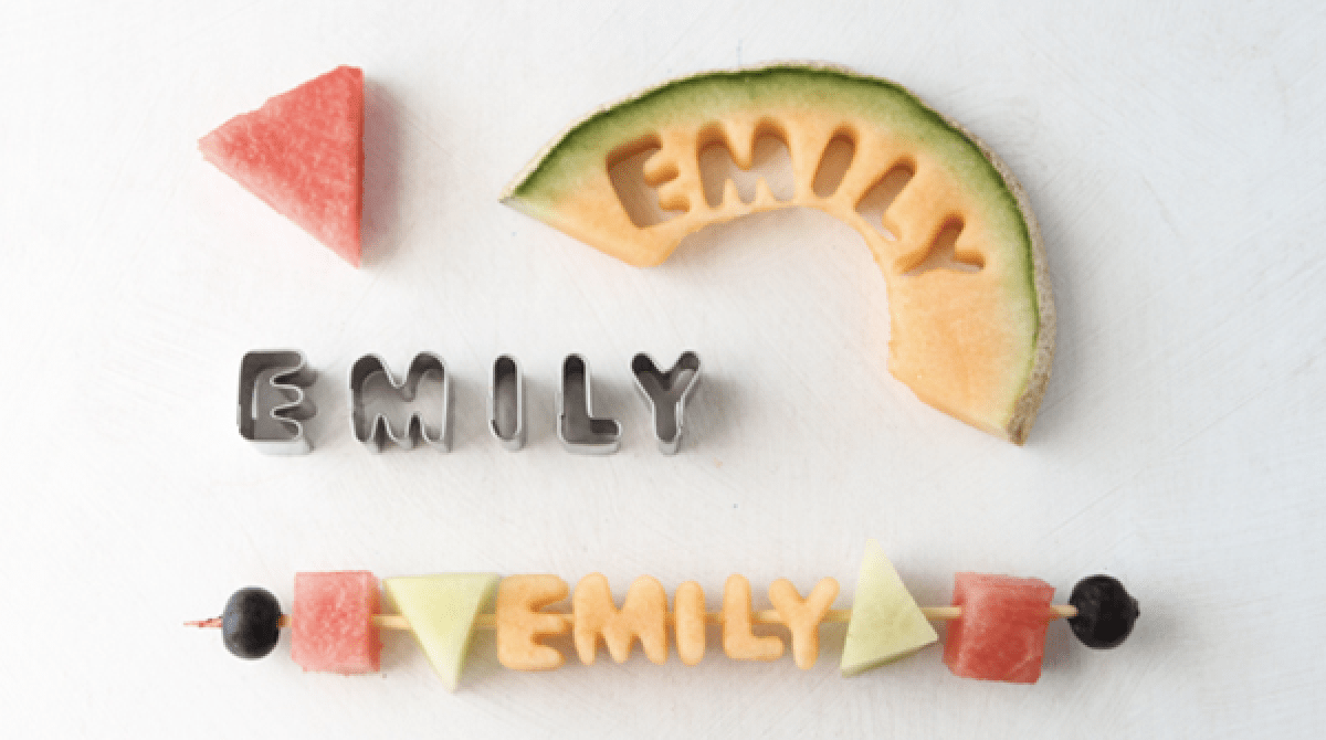 How-To: Edible Fruit Kabob Place Cards