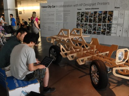 HP DesignJet and Fab Lab Barcelona's Fab Bee City Car