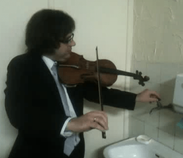 Musician Collaborates with Faulty Plumbing