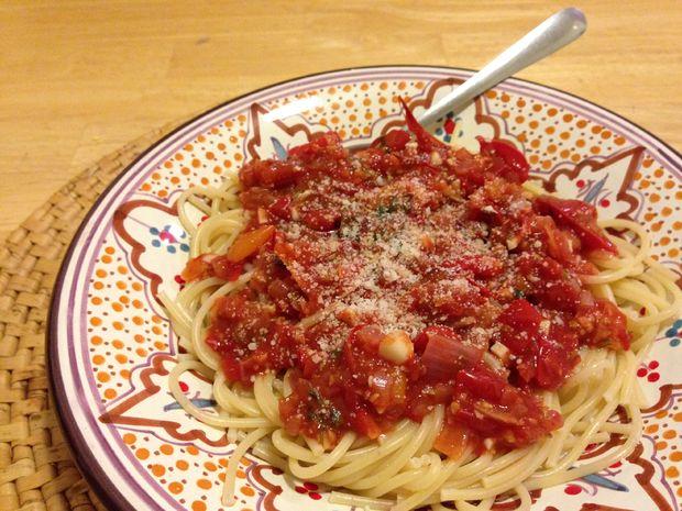 Don't-Let-the-Tomatoes-Go-Bad Marinara Sauce Recipe