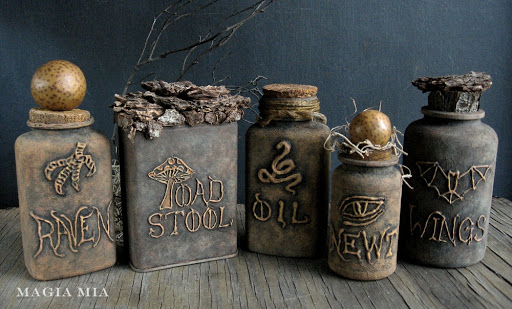 DIY Witch's Apothecary Bottles