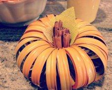 Mason Jar Lid Pumpkin DIY Craft (Link)