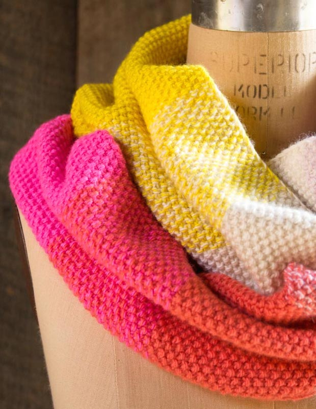 How-To: Knitted Gradient Cowl