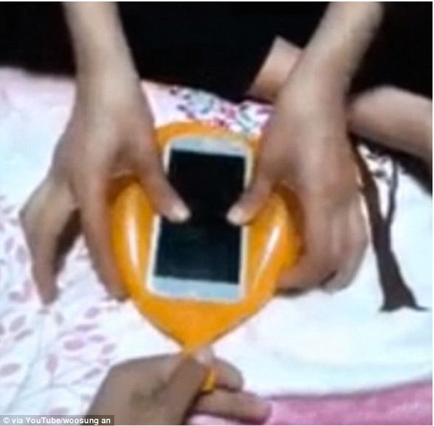 Turning A Balloon into A Phone Cover in Seconds