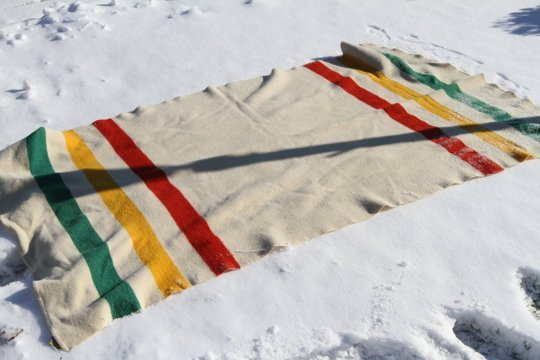Clean A Wool Blanket With Snow