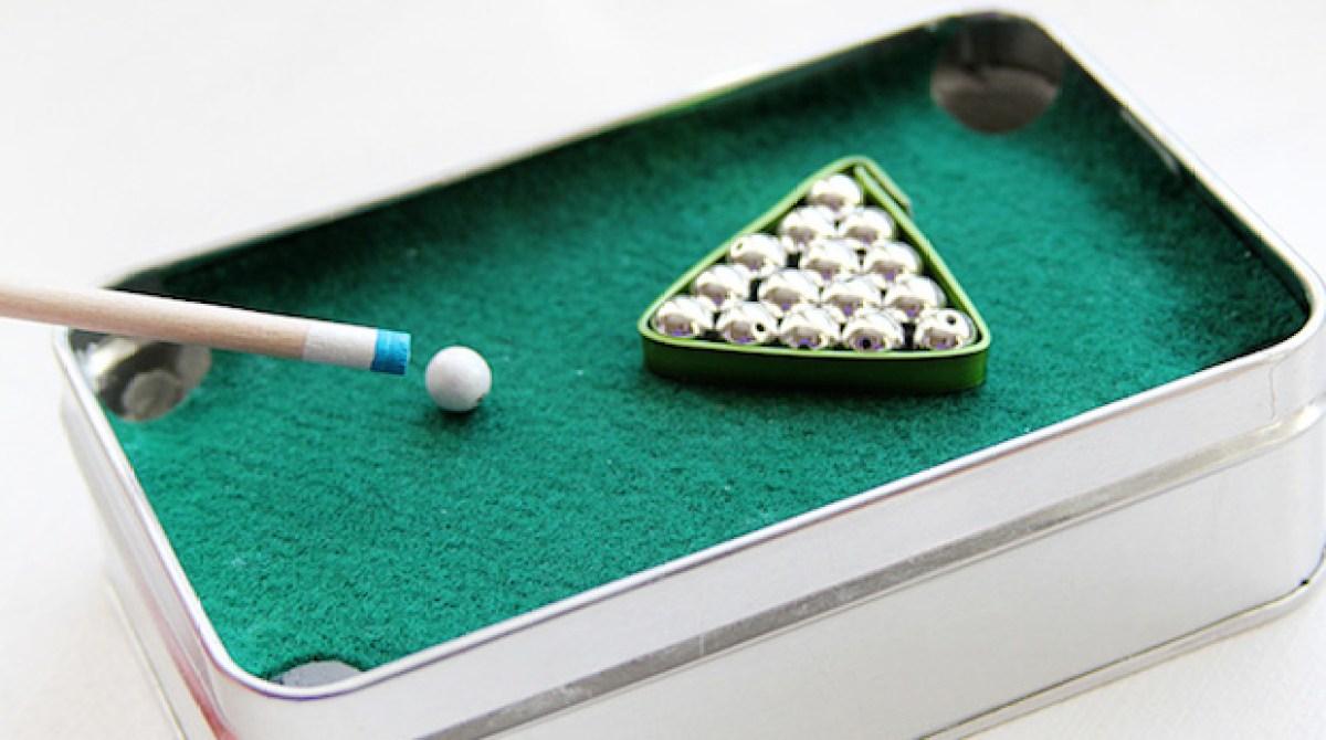 How-To: Mini Pool Table in a Tin