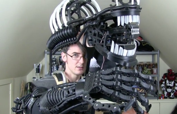 The Making of a 3D Printed Alien Xenomorph Suit