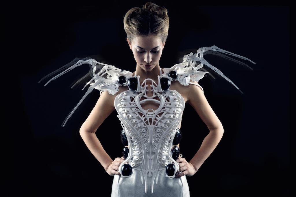 Anouk's New Creation: Intel Edison Based Spider Dress 2.0
