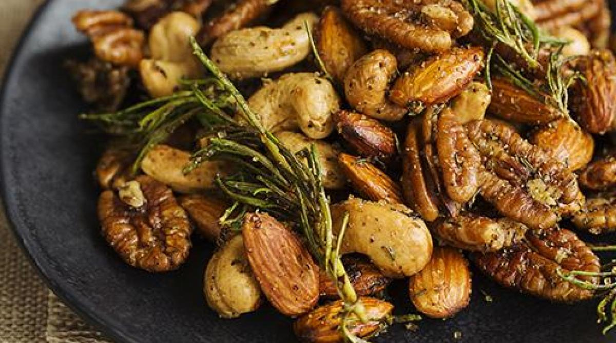 Spicy Fried Mixed Nuts Recipe
