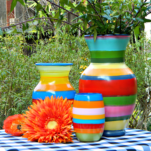 How-To: Paint Striped Vases with an Old Record Player