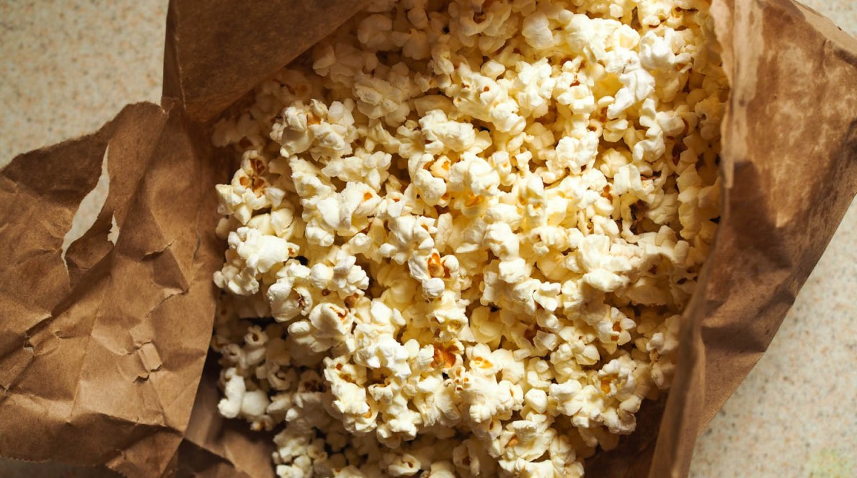 Pop Secret: Easy Paper-Bag Microwave Popcorn