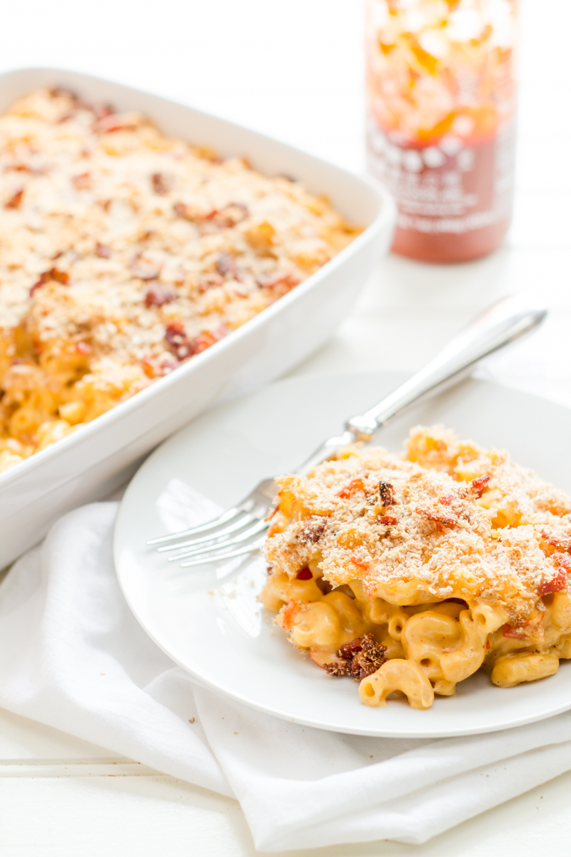 No Brainer: Put Bacon and Sriracha in Mac and Cheese