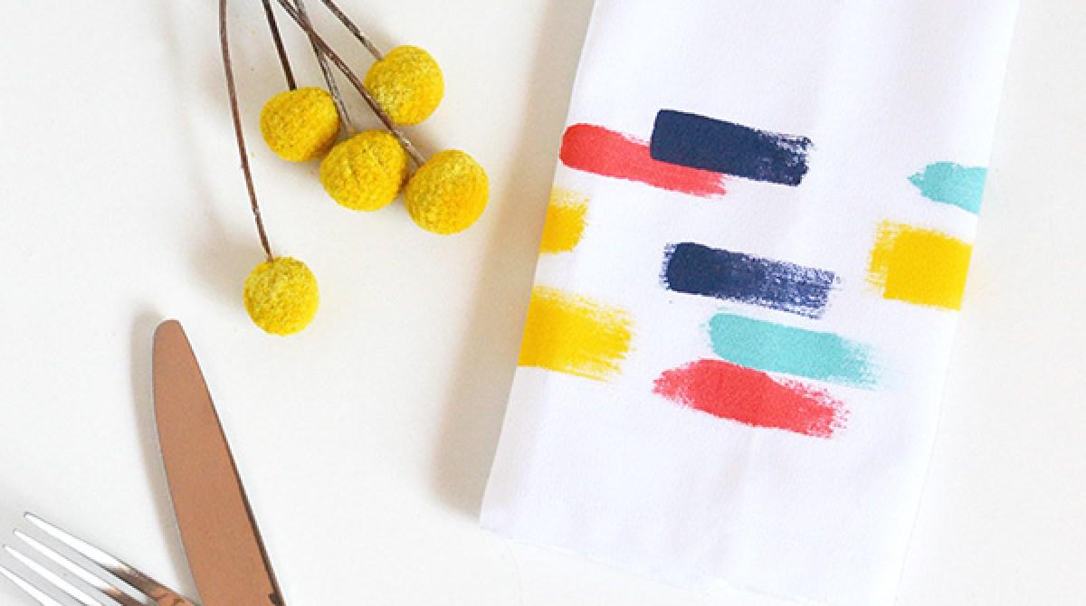 How-To: Brush Stroke Napkins