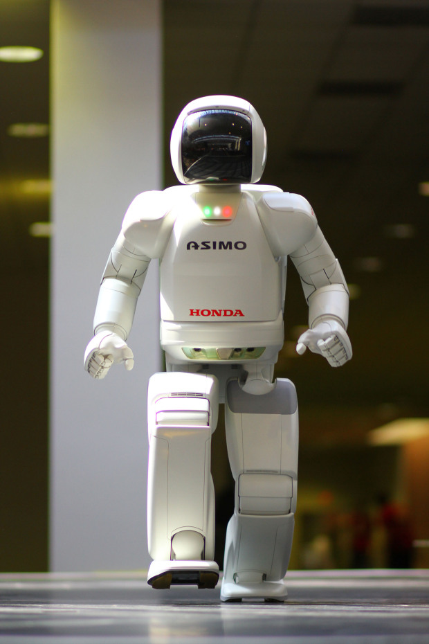 Honda's ASIMO robot is truly a celebrity considering how many world leaders it's greeted over the last few years.