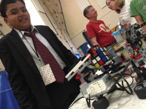 Saurabh Narain used an existing algorithm but built and programmed his own motors to make this jaw-dropping Rubik's Cube Solving Robot