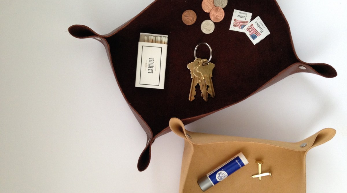 Make a $10 Collapsible Leather Coin and Key Tray